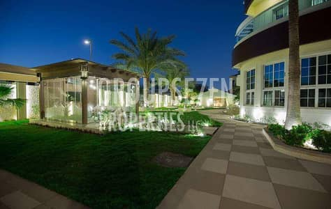Luxury 6 Bed Villa prime location Opposite Four Season Hotel Jumeirah