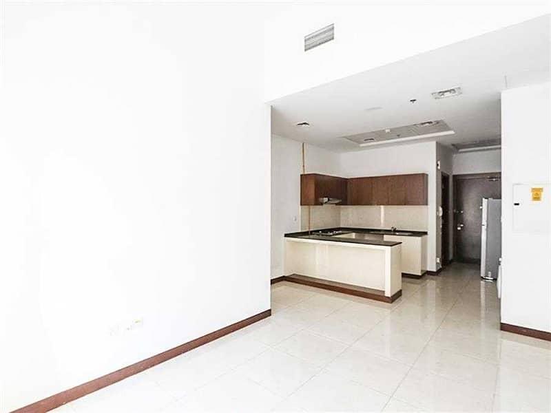 Exclusive   Luxurious 1BR Apt   Elegant Interior
