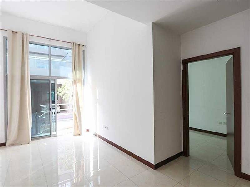 2 Exclusive   Luxurious 1BR Apt   Elegant Interior