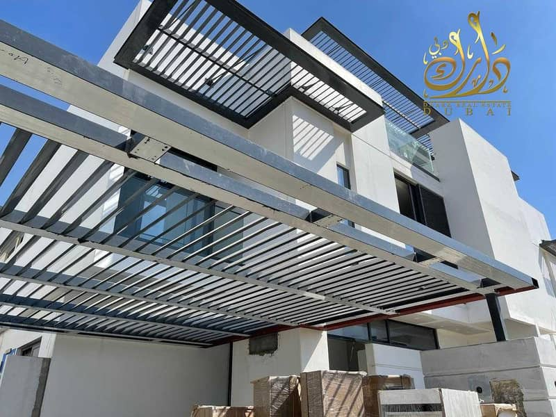 21 Sharjah villa for sale in private island