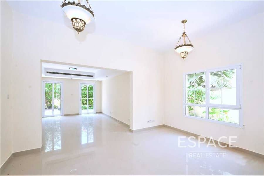 2 Well Presented   3BR with Maids Room   Close to the Park
