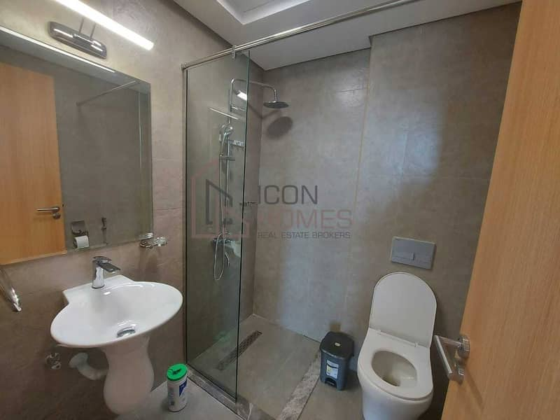 2 HIGH END TWO  BEDROOM  APARTMENT IN ELYSEE