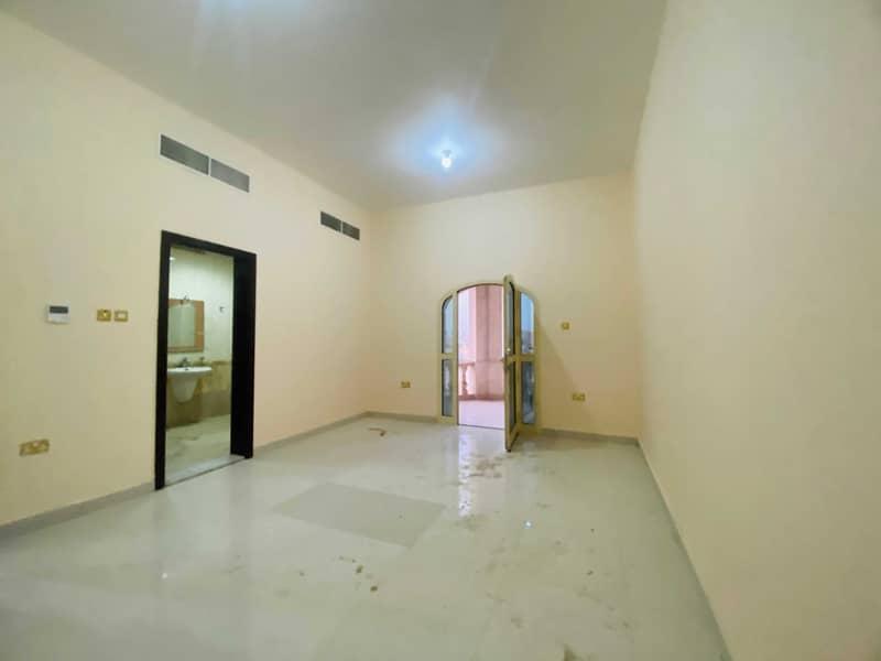 شقة في المنطقة 5 مدينة محمد بن زايد 1 غرف 38000 درهم - 5299144
