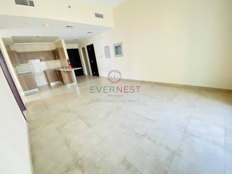 2 Exclusive | High Floor | Ready to Move IN | Vacant