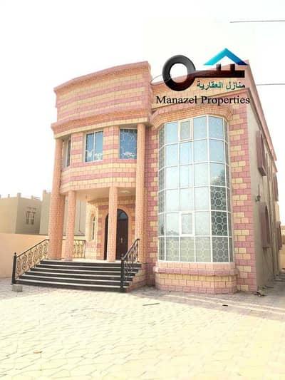 5 Bedroom Villa for Rent in Al Rawda, Ajman - Villa for rent in Ajman, Al Rawda 1 area, the second piece of Algeria Street, with air conditioners.
