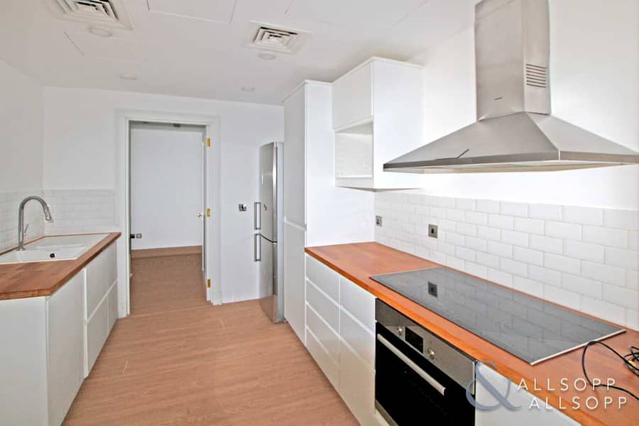 Upgraded   Vacant   Three Bed   Exclusive
