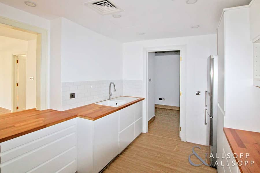 2 Upgraded   Vacant   Three Bed   Exclusive