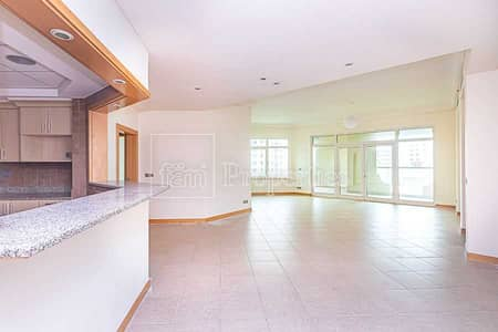 3 Bedroom Apartment for Sale in Palm Jumeirah, Dubai - Spacious 3 Bed + Maids | Prime Location | Vacant