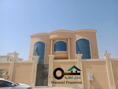 5 Bedroom Villa for Rent in Al Raqaib, Ajman - Villa for rent in Al Raqaib area with air conditioners, large area, very excellent location, close to services