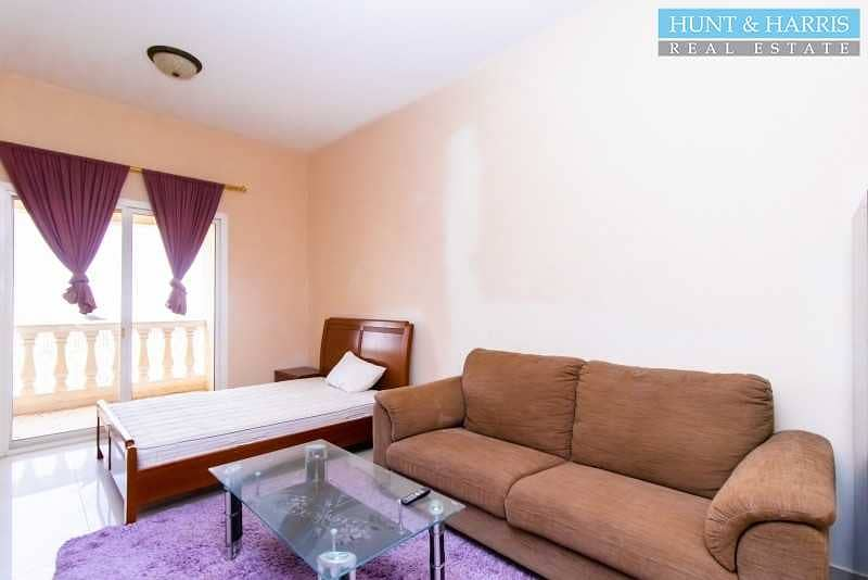 2 Fully Furnished Studio - Amazing Golf Course & Lagoon View