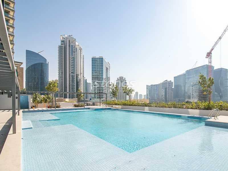 22 Luxury Living in the heart of Dubai   Brand New