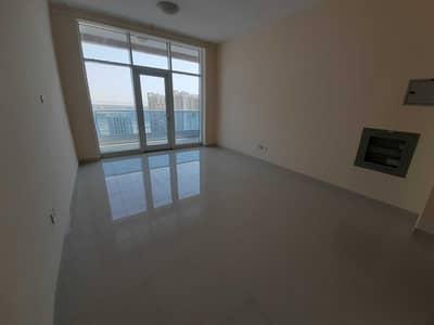 استوديو  للايجار في مثلث قرية الجميرا (JVT)، دبي - شقة في برج المنارة مثلث قرية الجميرا (JVT) 21999 درهم - 5299088