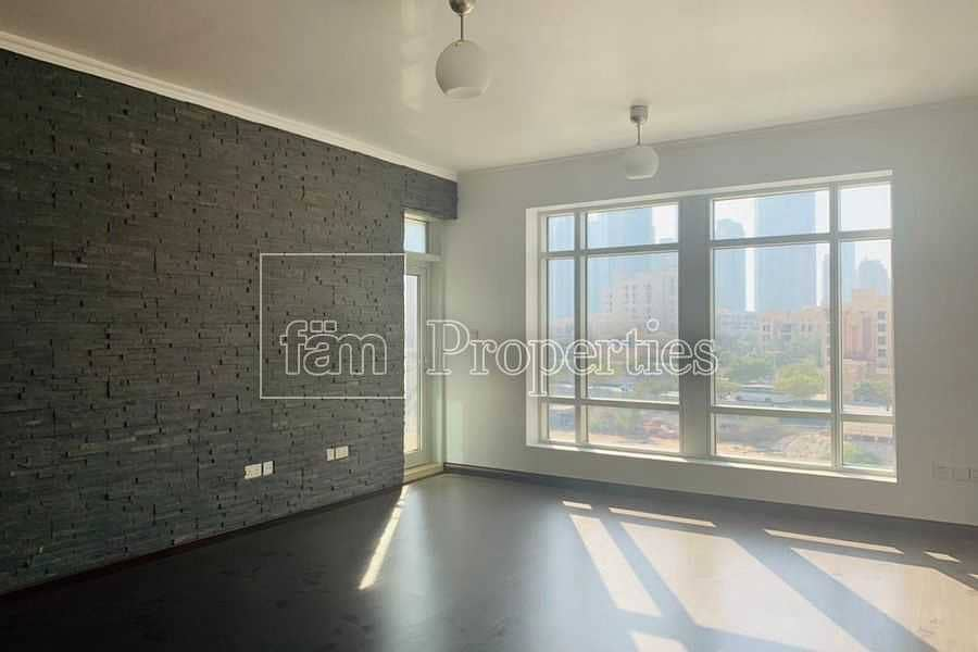 2 Downtown | AC Included | Well maintained