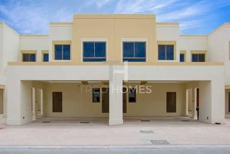 تاون هاوس 3 غرف نوم للايجار في تاون سكوير، دبي - Available |Great Location |Close to Pool