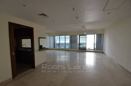 Amazing 3 BR plus Maid's Room Villa for Sale in Downtown