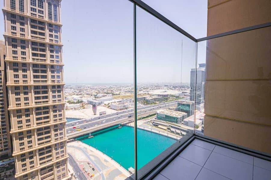 Luxury 2 BHK /  Canal View / Ready to Move