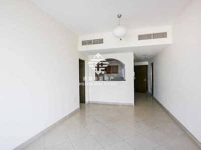 شقة 1 غرفة نوم للايجار في أبراج بحيرات الجميرا، دبي - Light Filled luxury and Full Canal view | Vacant