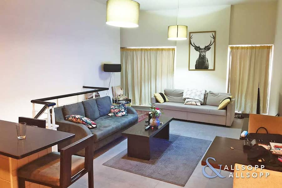 Large 1 Bed   Furnished   Great Investment