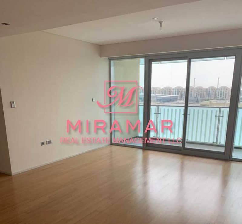 2 LARGE 3B+MAIDS APARTMENT   AMAZING VIEW   HIGH FLOOR