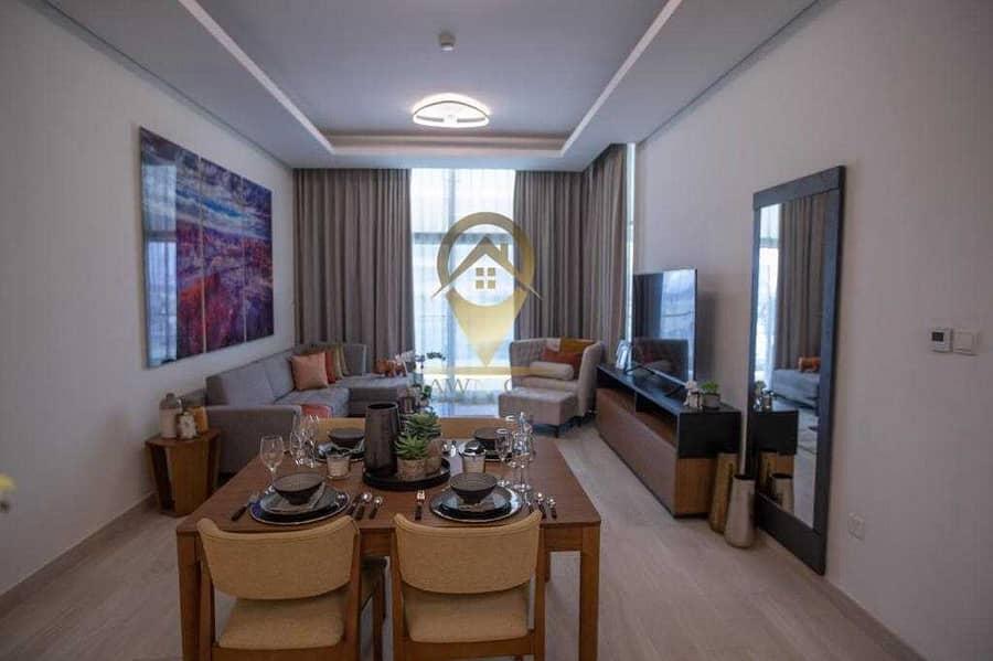 شقة في فاريشتا عزيزي الفرجان 1 غرف 970000 درهم - 5301770