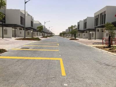 تاون هاوس 3 غرف نوم للايجار في (أكويا أكسجين) داماك هيلز 2، دبي - تاون هاوس في فيلات كازابلانكا (أكويا أكسجين) داماك هيلز 2 3 غرف 69999 درهم - 5302060