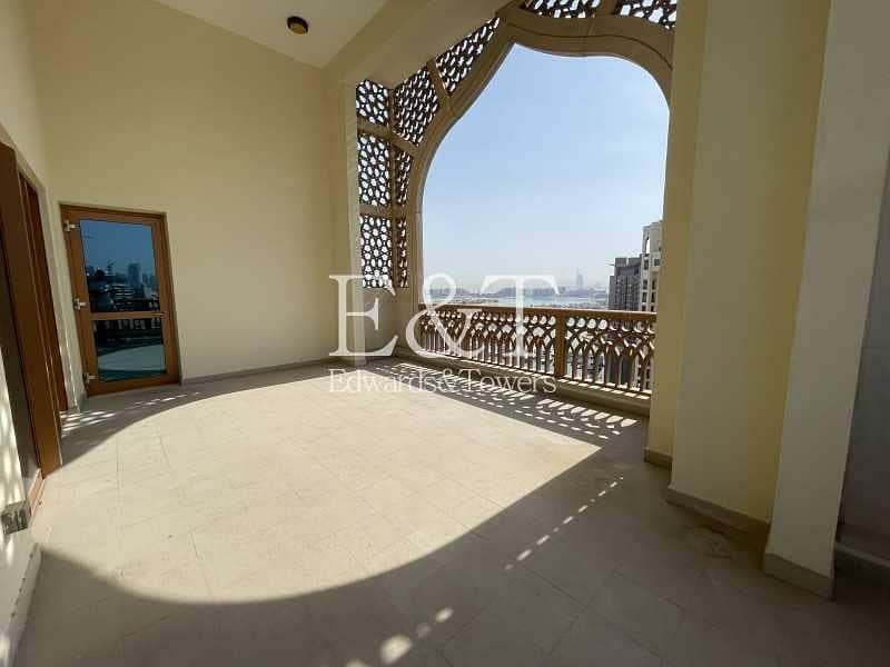 18 Top Floor | Stunning Views | Type D | Open Plan