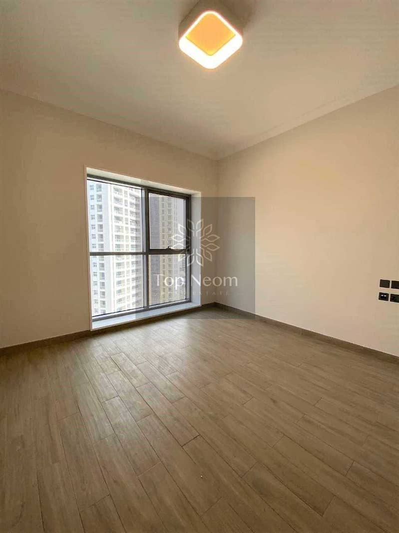 1 month free - Well maintained Unit - Easy Access