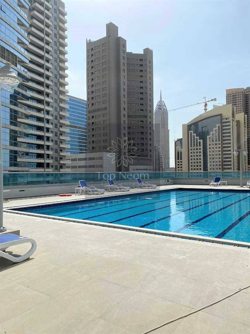 10 1 month free - Well maintained Unit - Easy Access