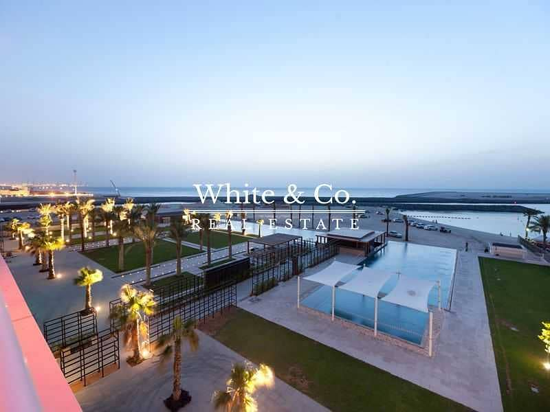 2 Sea View | Large Unit | Available End of August