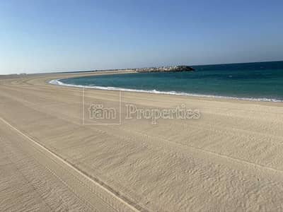 Plot for Sale in Jumeirah, Dubai - Verfied Listing - exclusive MV with full sea view