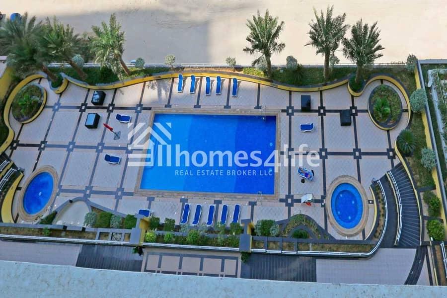 12 Elegant   Sea View   Mid-Level   Maids Room