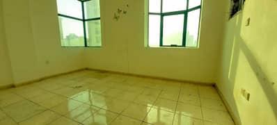 شقة في النباعة 2 غرف 21000 درهم - 4990935