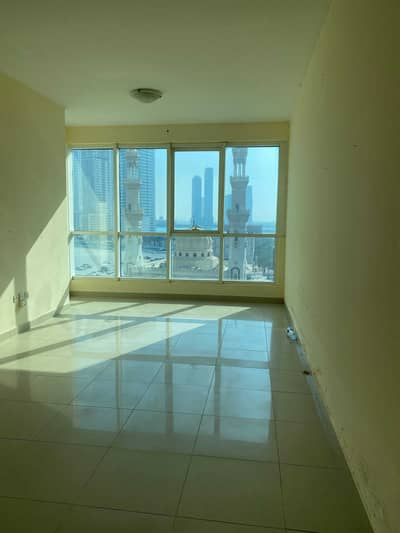 Studio for Rent in Al Majaz, Sharjah - SEPARATE KITTEN STUDIO WITH ONE MONTHS FREE NICE VIEW APARTMENT