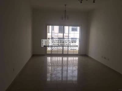 Spacious 2 BHK in CBD with Full Facilities for Sale