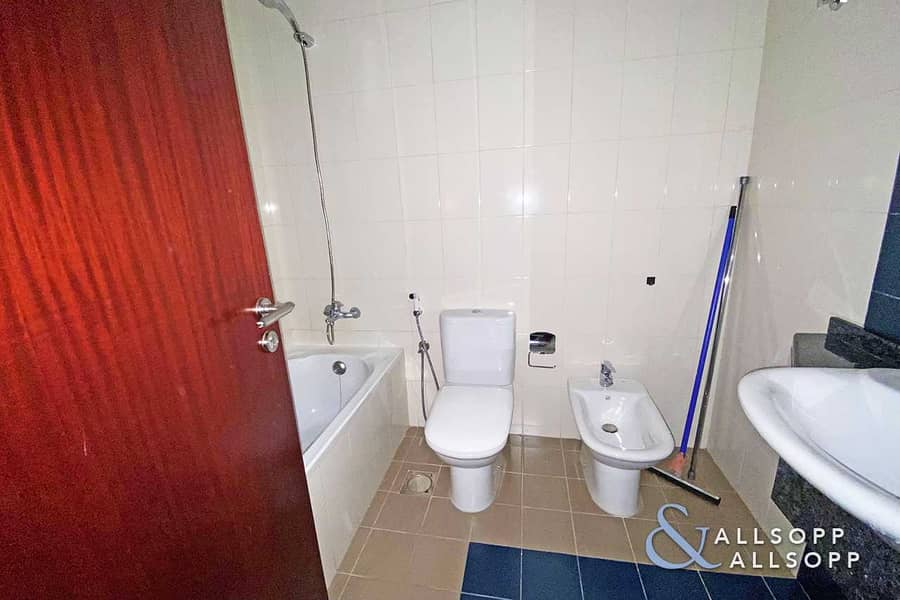 11 One Bedroom | Fully Furnished | Canal View