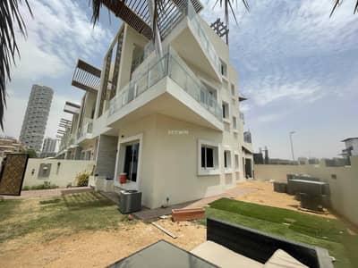 تاون هاوس 4 غرف نوم للبيع في قرية جميرا الدائرية، دبي - ITALIAN DESIGNED TOWNHOUSES   CORNER UNIT   HUGE GARDEN    NEAR TO GROCERIES AND RESTAURANTS