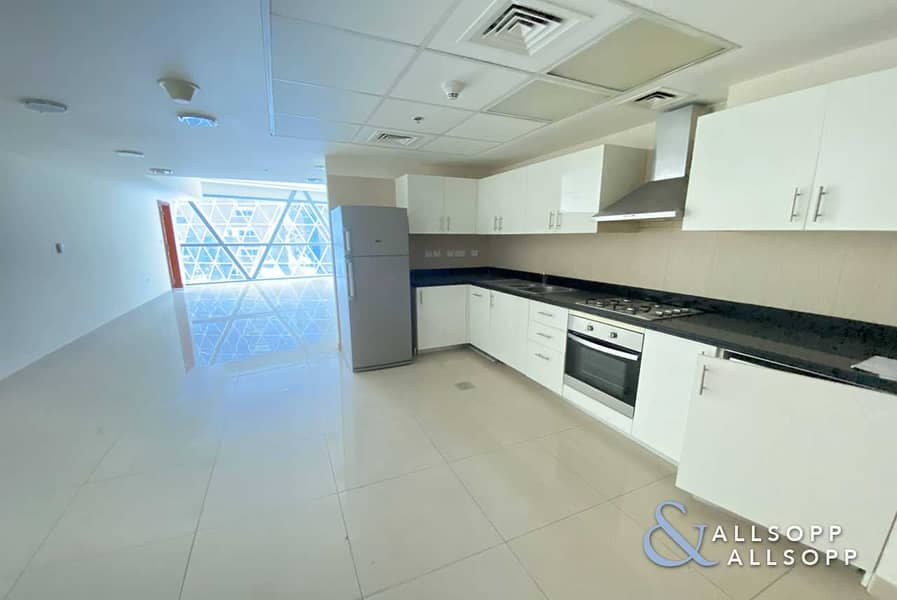 2 One Bedroom   DIFC View   Vacant   Balcony