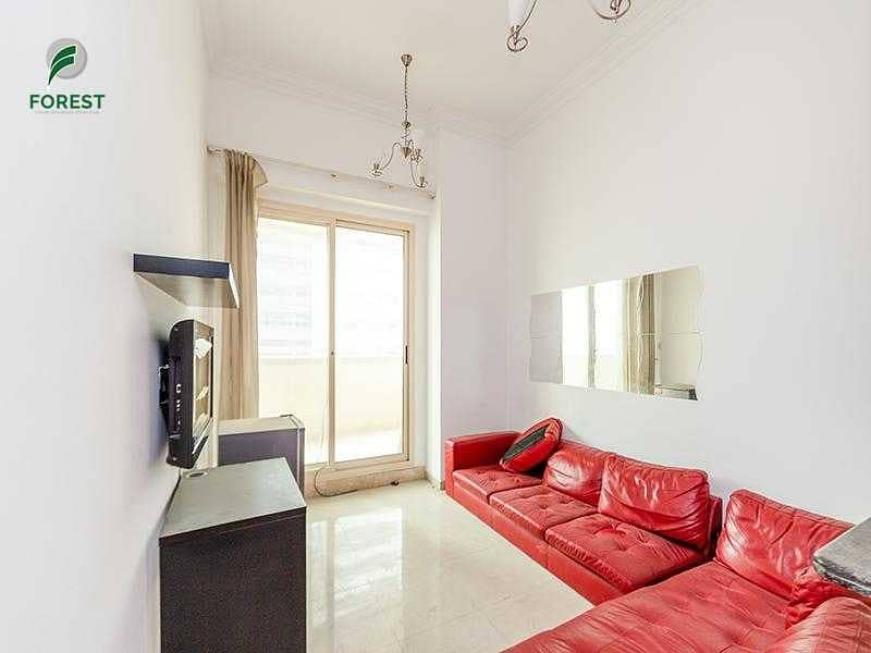 Well Maintained   1BR with Balcony   Mid Floor