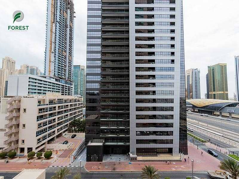 14 Well Maintained   1BR with Balcony   Mid Floor