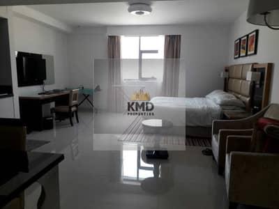 استوديو  للبيع في الخليج التجاري، دبي - Well Furnished Studio   Near Metro   Great Investment