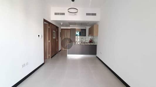 شقة 1 غرفة نوم للايجار في قرية جميرا الدائرية، دبي - تشطيب ممتاز | منظر على حمام السباحة | قريب من المول