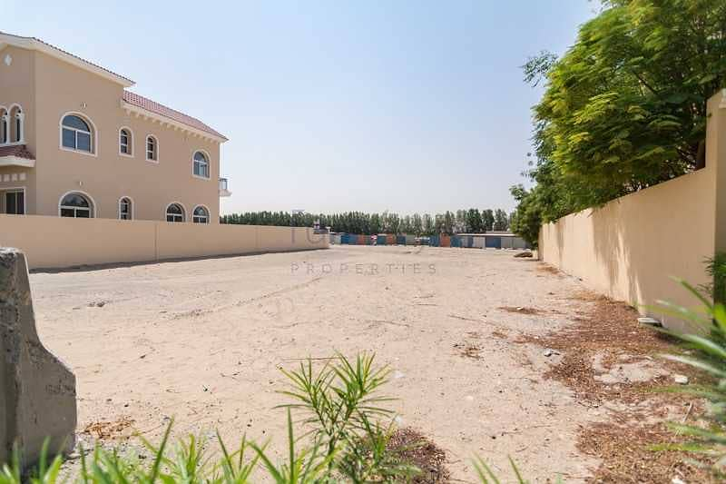 2 can built big villa with basement