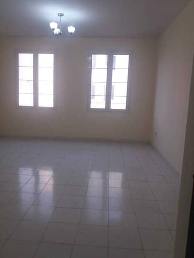 1 Bedroom Flat for Sale in International City, Dubai - OFFER PRIZE ONE BED ROOM FOR SALE WITH BALCONEY IN  FAMILY BUILDING