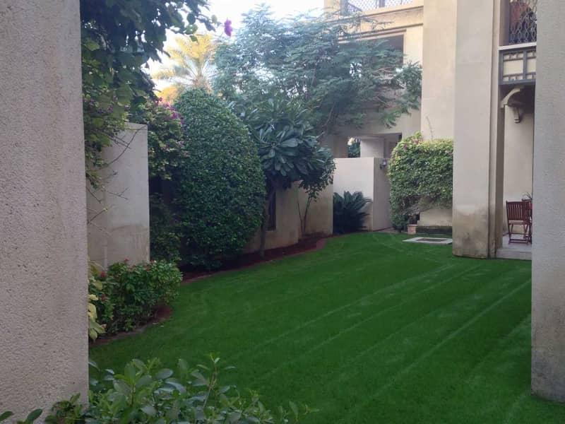 Large Private Garden | Burj Khalifa View | Rented