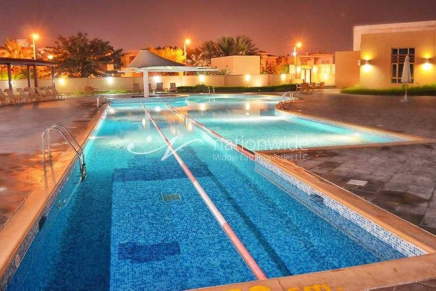 14 An Alluring Villa Perfect For A Big Family