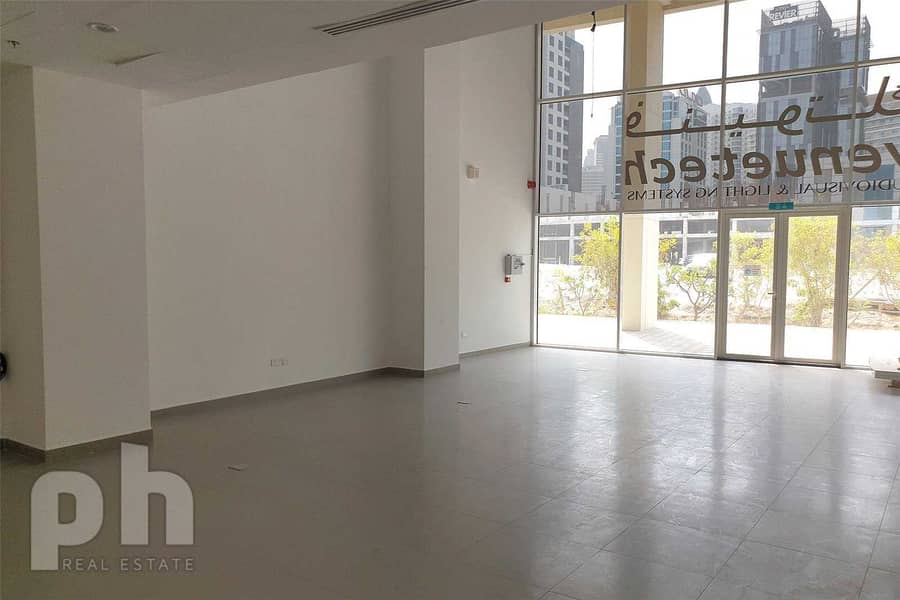 2 Nicely Fitted Retail Shop | Business Bay