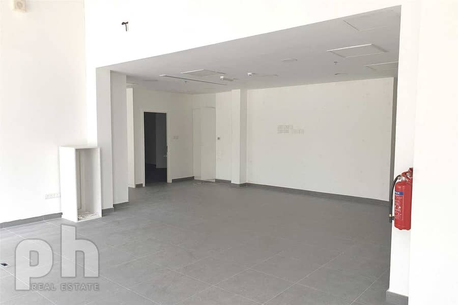 2 Nice Retail Shop   Fitted   Business Bay