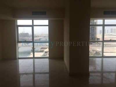 Spacious 2 bedroom Ocean Terrace with Marina Views  closed kitchen