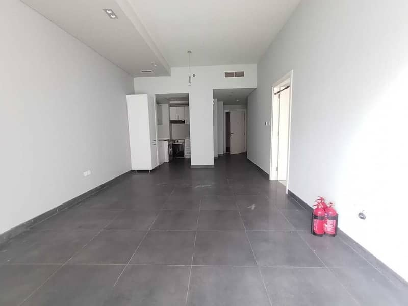 شقة في بلاتينوم ريزيدنسز 1 واحة دبي للسيليكون 1 غرف 39998 درهم - 5166325