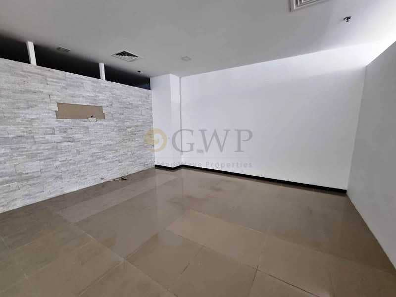 2 Open Layout| Lower Floor| 4 Parking Space|Vacant